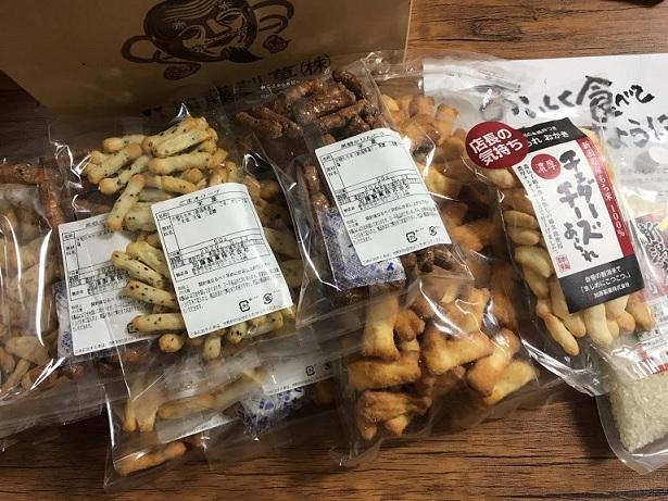 加藤製菓の福袋はとても人気がある