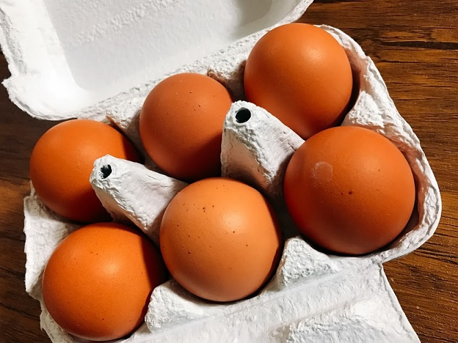 平野養鶏場の最上位ブランド輝黄卵/きおうらん