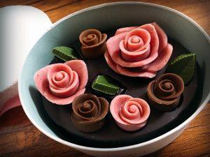 薔薇の形のチョコレート